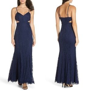 🆕FAME AND PARTNERS Gown V Neck Cutout Lace Blue